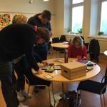 """""""Mikroskoperande"""" på Allmän kurs"""
