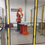 Tillsammans med gymnasieskolan Ismet Mujezinovic besöker vi ett nyöppnat företag som satsar på utvecklingen av robotar. Foto - Wilma Calligaris