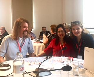 På bilden syns bland annat Jasna Jasharevic som är vår kontaktperson hos samarbetspartnern Tuzla Community Fundation.