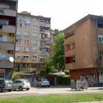 Ett vanligt bostadsområde i Tuzla.